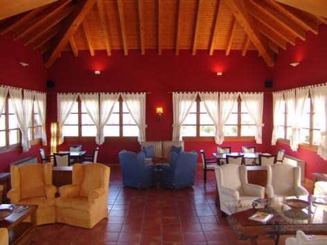 7-HPH116---Hotel-y-Spa-Pena-Montanesa-salon.jpg