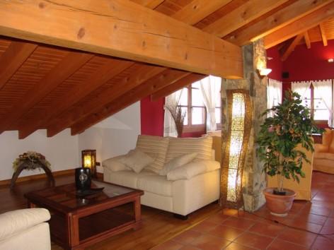 8-HPH116---Hotel-y-Spa-Pena-Montanesa-salon2.jpg