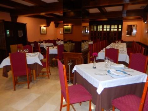 2-HPH117---Hotel-Oroel---restaurant.jpg