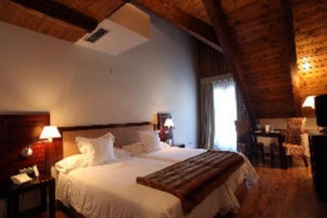 0-HPH119---Hotel-y-spa-El-Privilegio---chambre2.jpg