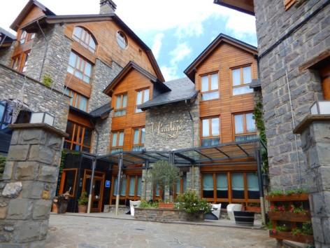 2-HPH119---Hotel-y-spa-El-Privilegio---facade.jpg
