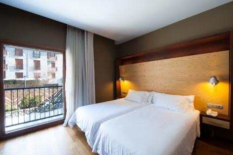 2-HPH120---HOTEL-ANETO----Doble-terraza-SHA.jpg