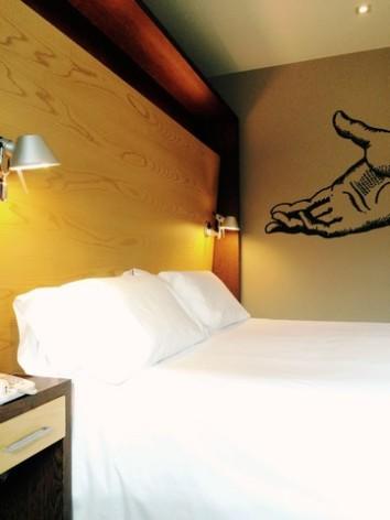 4-HPH120---Hotel-Aneto---chambre-CABECERO-213-HOTEL-ANETO.jpg