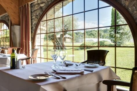 11-HPH122---Hotel-Barcelo-Monasterio-de-Boltana-restaurant-2.jpg