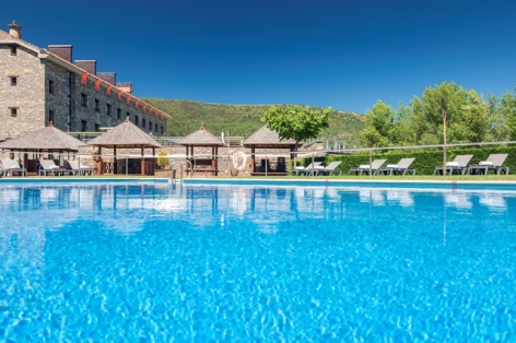 19-HPH122---Hotel-Barcelo-Monasterio-de-Boltana-piscine.jpg