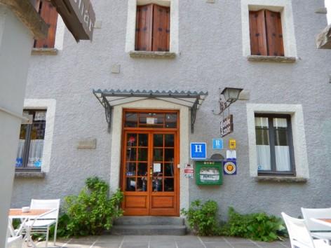 2-HPH124---Hotel-Conde-Aznar-facade.jpg