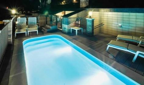 5-HPH121---Hotel-y-hostal-2-Rios---piscine.jpg