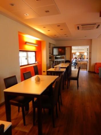 7-HPH121---Hotel-y-hostal-2-Rios---salon-salle-a-manger.jpg