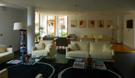 13-HPH123---Hotel-Tierra-de-Biescas-salon.jpg