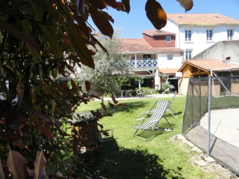 2-407861-hotel-de-france-a-maubourguet-2.jpg