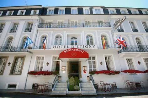 17-HPH153---HOTEL-D-ETIGNY---LUCHON--FACADE-1.jpg