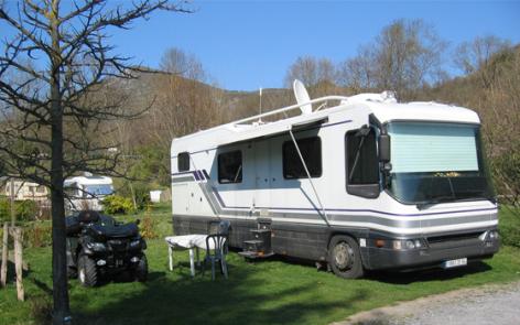 4-CAMPING-ARRYADE-GER-camping-car.jpg