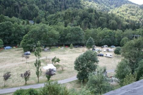 4-camping-Pic-de-Bern.JPG