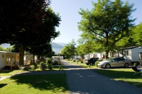 6-allee2-campinglatour-agosvidalos-HautesPyrenees-creditbernardlauthier.jpg