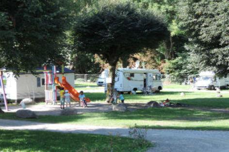 0-camping2pp.jpg