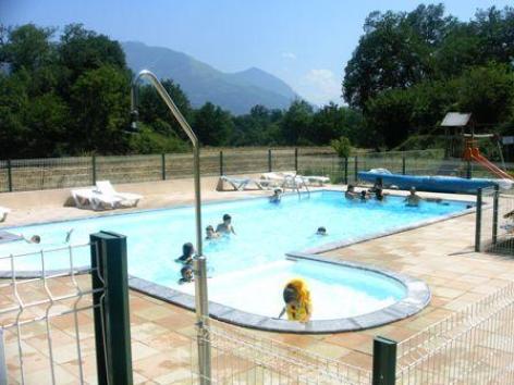 Camping deth potz hautes pyr n es for Camping haute pyrenees avec piscine