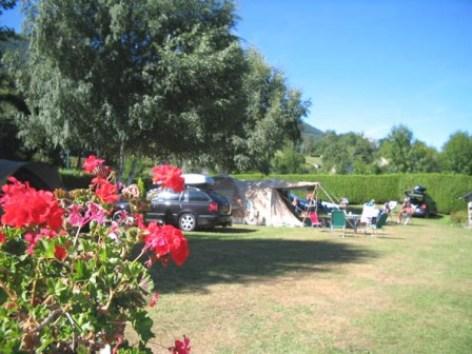 0-emplacement1-campinglelac-arcizansavant-HautesPyrenees.jpg