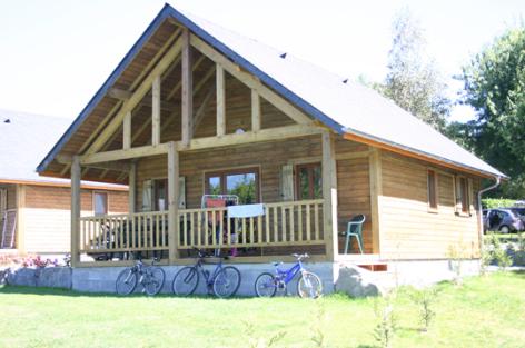 1-chalet-campingdulac-arcizansavant-HautesPyrenees.jpg