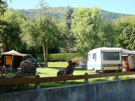 2-campinglelac-arcizansavant-HautesPyrenees.jpg