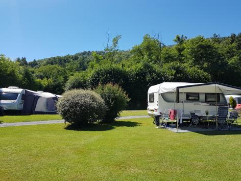 3-emplacement2-campingdulac-arcizansavant-HautesPyrenees-2.jpg