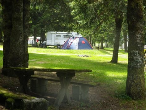 0-CAMPING-LAC-D-ESTAING.JPG