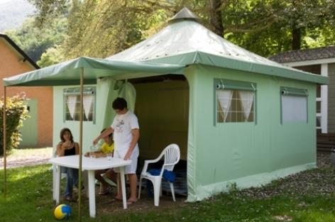 3-emplacement-campinglelavedan-laubalagnas-HautesPyrenees-creditbernardlauthier.jpg
