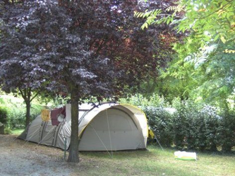4-emplacementtente-campinglehautacam-prechac-HautesPyrenees.jpg