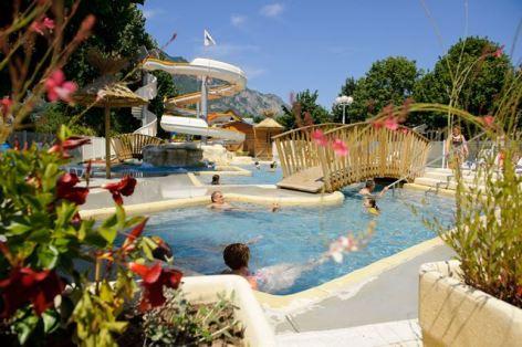 0-piscine6-campinglabergerie-ayzacost-HautesPyrenees.jpg-2.jpg