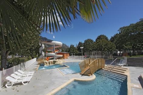 3-piscine3-campinglabergerie2-ayzacost-HautesPyrenees.jpg.JPG