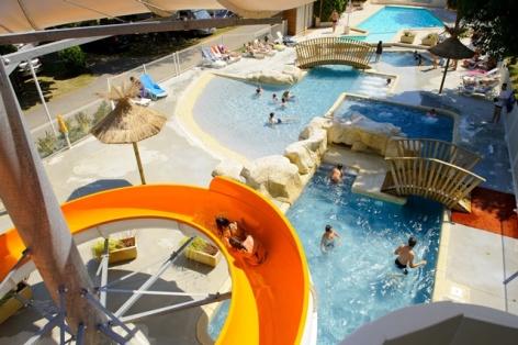 5-piscine5-campinglabergerie-ayzacost-HautesPyrenees.jpg.jpg