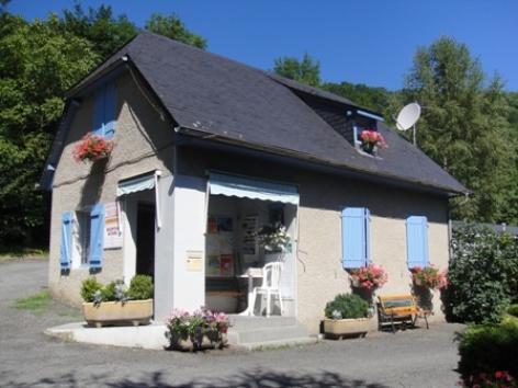 0-accueil-campinglelarbey-pierrefittenestalas-HautesPyrenees.jpg