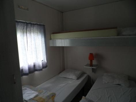 7-interieur3mobilhome-campinglelarbey-pierrefittenestalas-HautesPyrenees.jpg