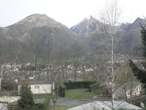 9-vue1-campinglelarbey-pierrefittenestalas-HautesPyrenees.jpg