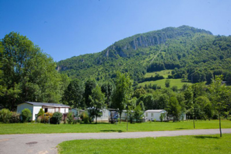 0-camping-montagne-pyrenees-P.jpg
