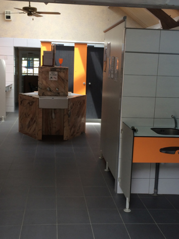 7-sanitaires-lebastan-esterre-HautesPyrenees.jpg