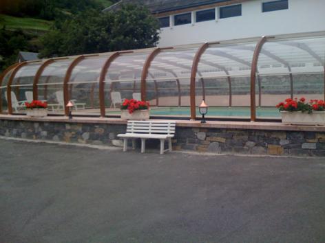 9-piscinecouverte-lebastan-esterre-HautesPyrenees.jpg