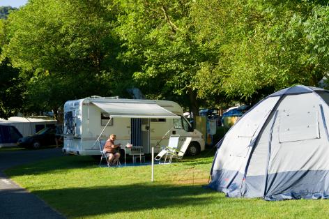 11-camping10-lehounta-sassis-HautesPyrenees.jpg