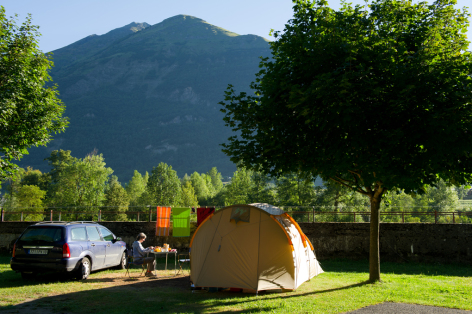 12-camping11-lehounta-sassis-HautesPyrenees.jpg