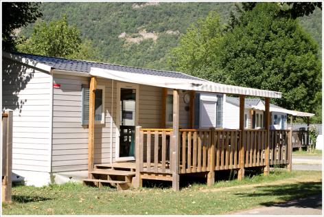3-camping02-lehounta-sassis-HautesPyrenees.jpg