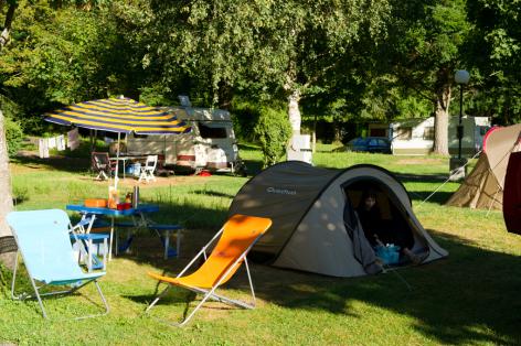 9-camping08-lehounta-sassis-HautesPyrenees.jpg