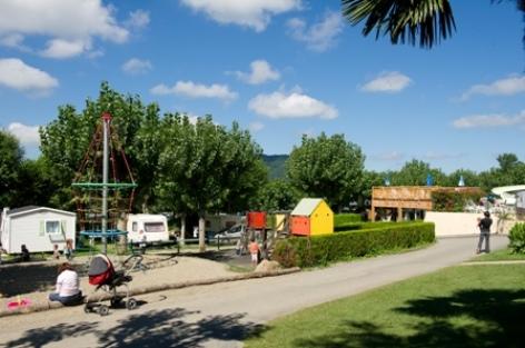 8-Camping-Le-Monloo-5.jpg