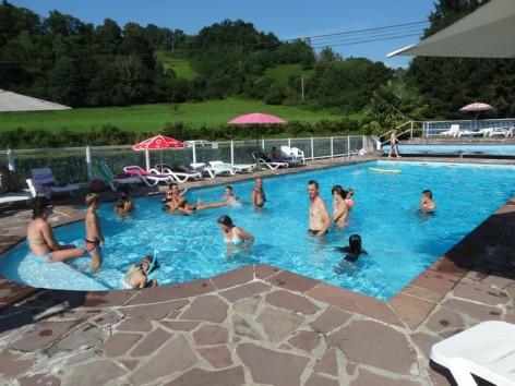 16-HPMH10---A-l-ombre-des-tilleuls---piscine.jpg
