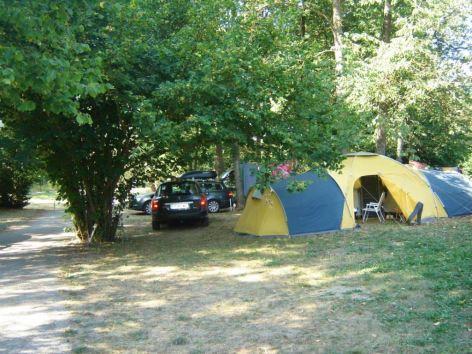 3-Camping-Le-Rioumajou-tentes.jpg