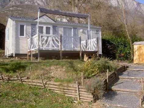 7-exterieurmobilhome-campinglerural-agosvidalos-HautesPyrenees.jpg