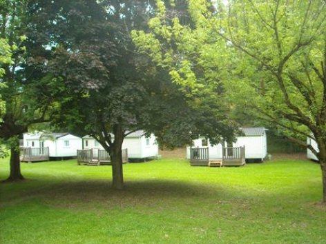 7-emplacement-campingleviscos-beaucens-HautesPyrenees-2.jpg
