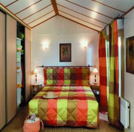 4-chambre2-campingespacepyreneesloisirs-laubalagnas-HautesPyrenees.jpg