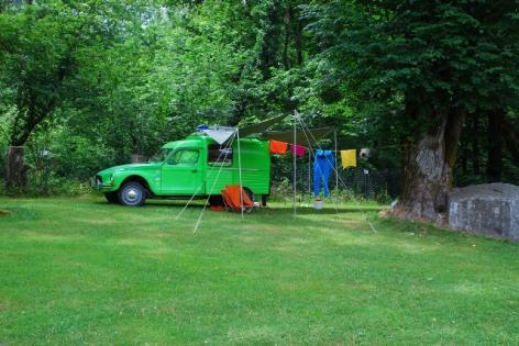 8-LOURDES-8-camping-nature-la-foret.jpg