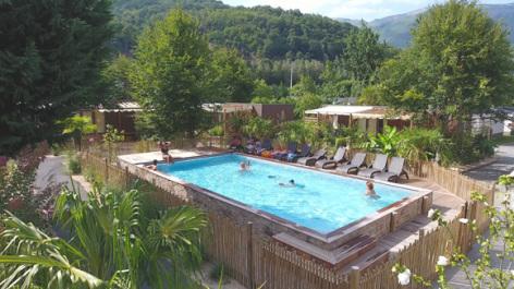 6-piscine-3vallees-argelesgazost-HautesPyrenees.jpg