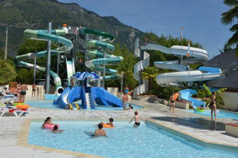 8-piscine4-3vallees-argelesgazost-HautesPyrenees.jpg