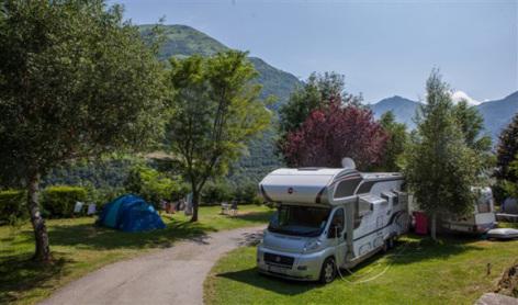 3-emplacements-pyrenevasion-sazos-HautesPyrenees.jpg